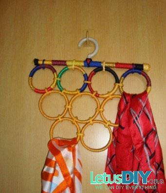 Вешалки для шарфов и платков своими руками 97